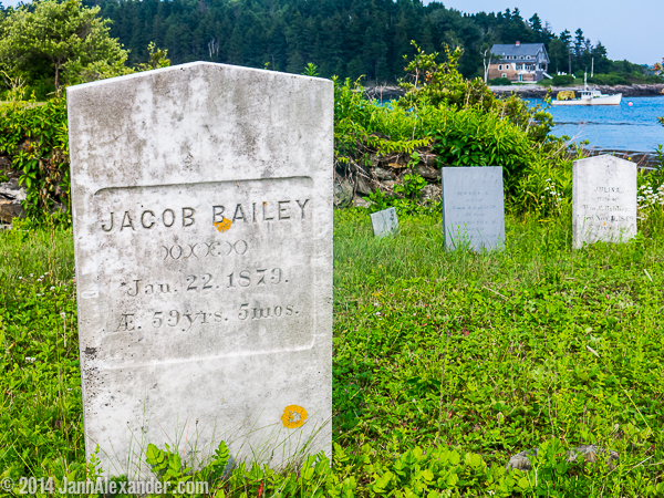 Bailey grave marker in Maine