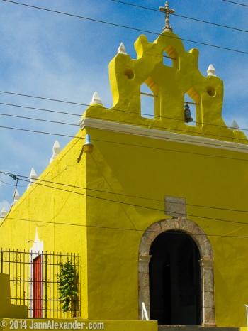 Iglesia de Acanceh by Jann Alexander ©2014