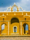 Madonna at Izamal by Jann Alexander ©2014