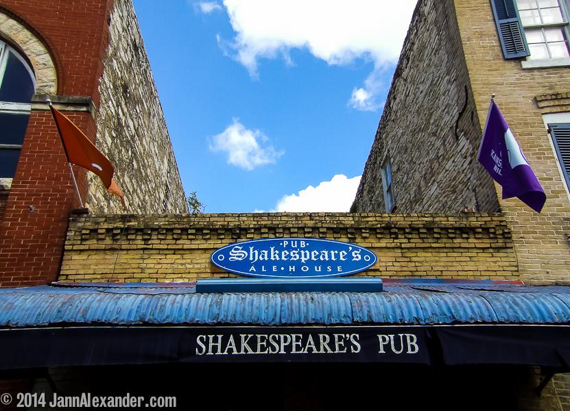 Shakespeare Slept Here (in Austin)