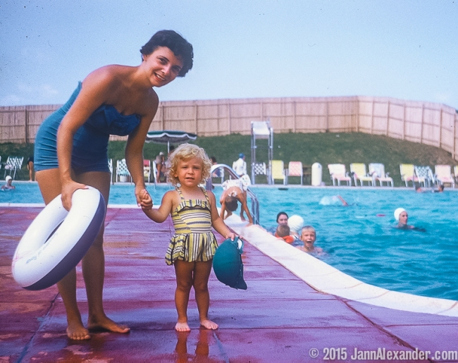At the Pool My mother with my youngest sister | Jann Alexander ©2015