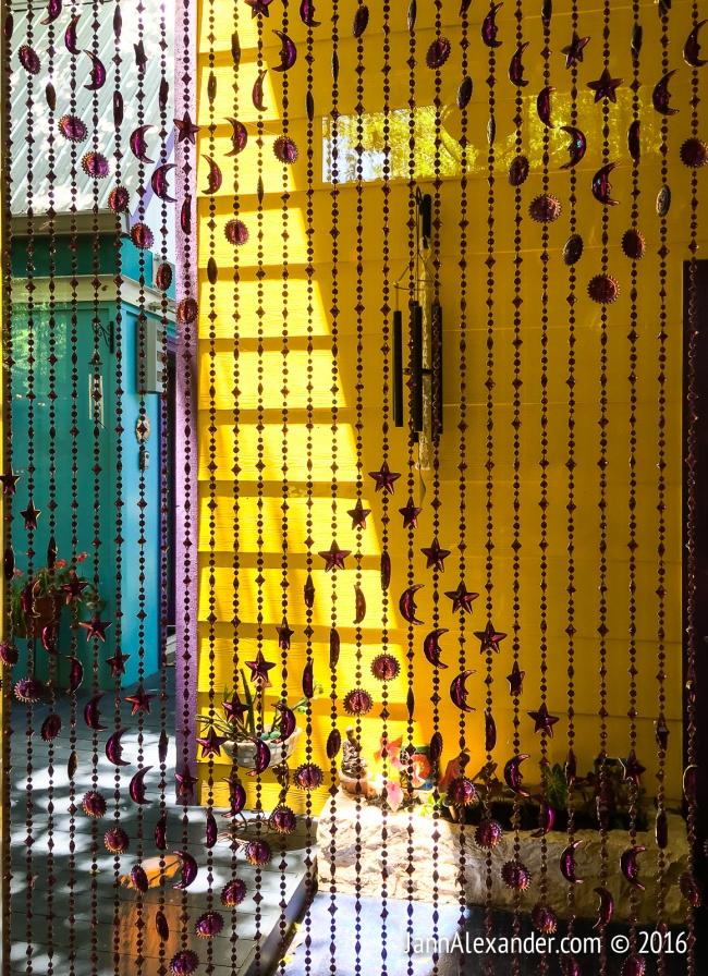 Weird Homes Beads | iPhoneography by Jann Alexander ©2016